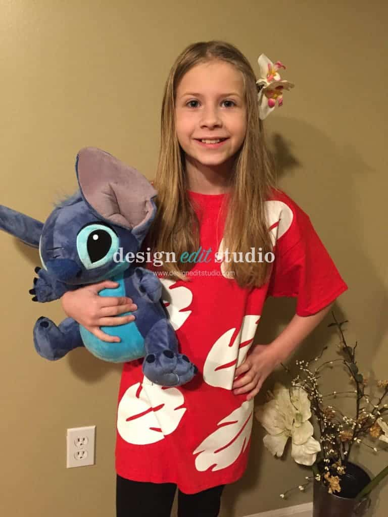 K wearing a DIY Lilo & Stitch Costume